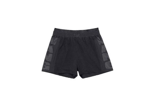 Quick dry shorts Alexander Wang x H&M, 49,99 euros