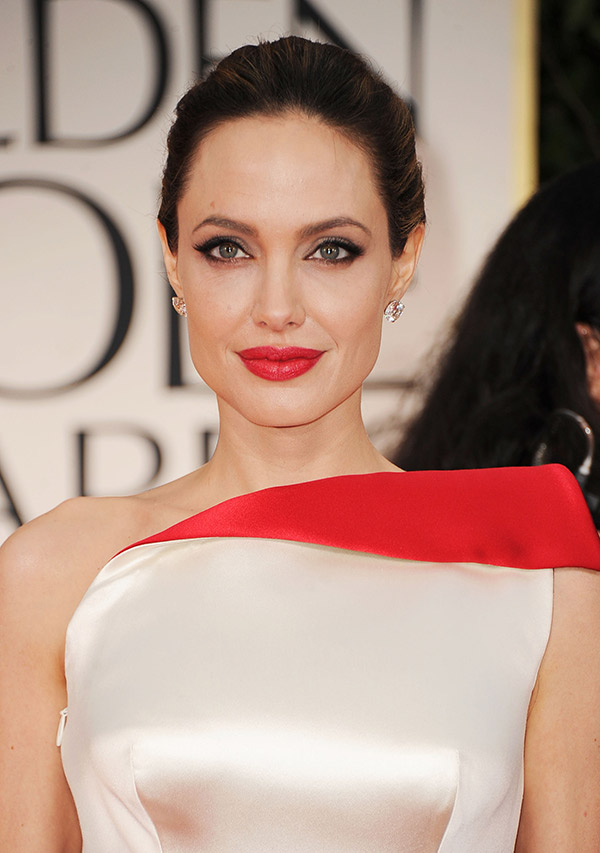 angelina jolie red lipstick les eclaireuses