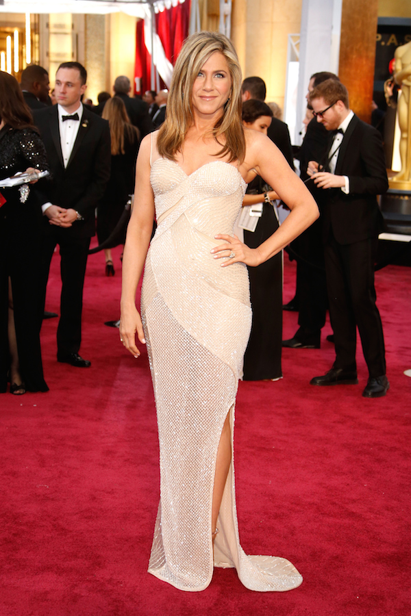 Jennifer Aniston in Versace Oscars-2015