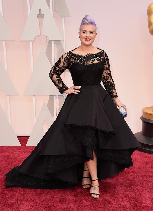 Kelly-Osbourne-in-Rita-Vinieris-Oscars-2015