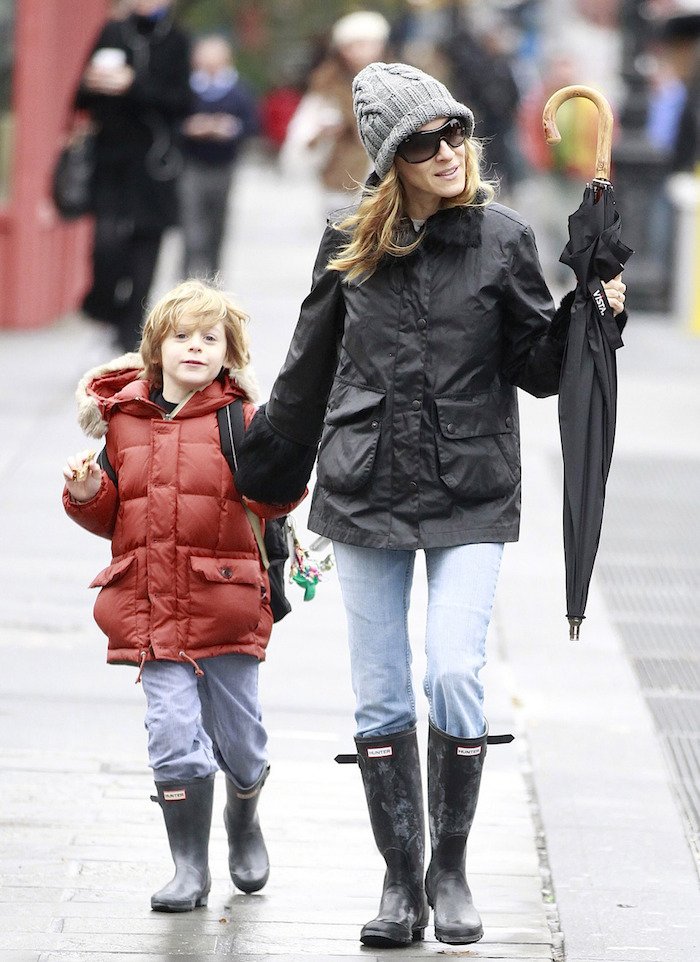 Sarah Jessica Parker Walks Son To School In Rain
