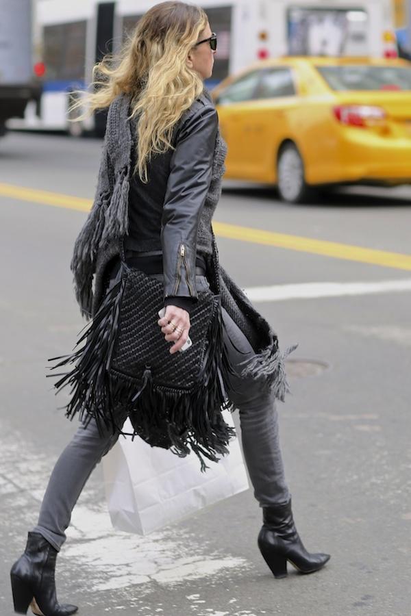 fringe bag streetstyle