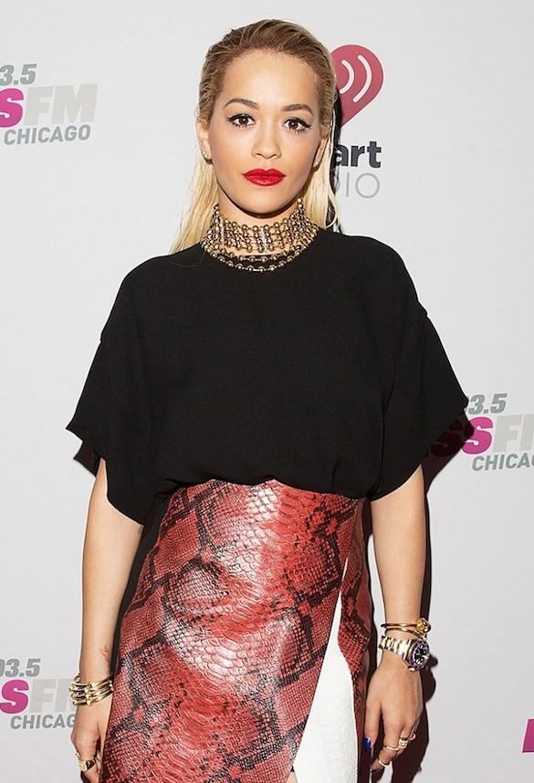 Rita Ora gold necklace