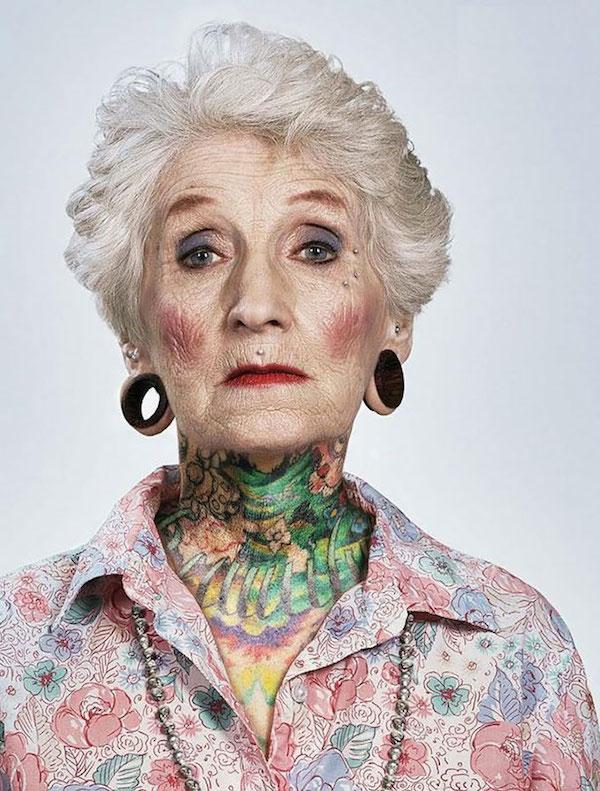 Des seniors tatoués répondent à l'éternelle question sur les tatouages