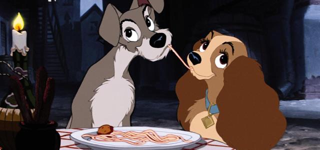 17 raisons pour lesquelles un couple qui mange ensemble reste ensemble