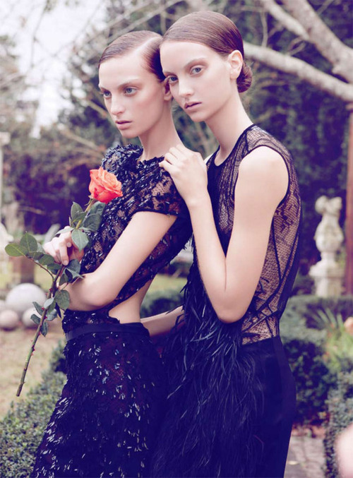 #Sélection : 25 sublimes robes noires sexy & chics