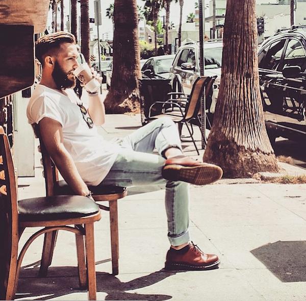 Menandcoffee : le compte instagram qui va vous faire aimer le café.