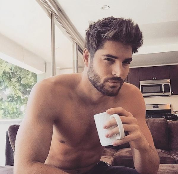 #Hotdudes : Menandcoffee, le compte instagram qui va vous faire aimer le café
