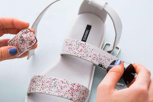 DIY : Customiser des accessoires avec du vernis à paillette
