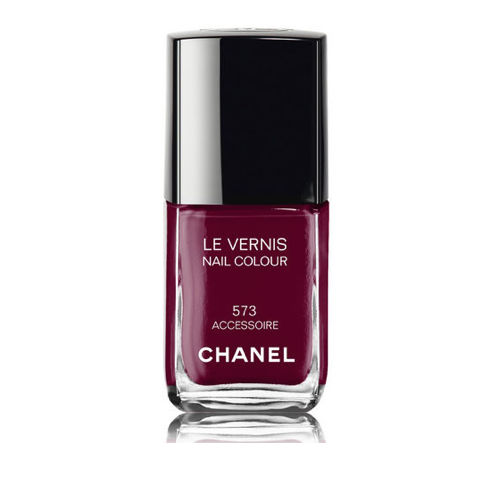 18 rouge noir by Chanel