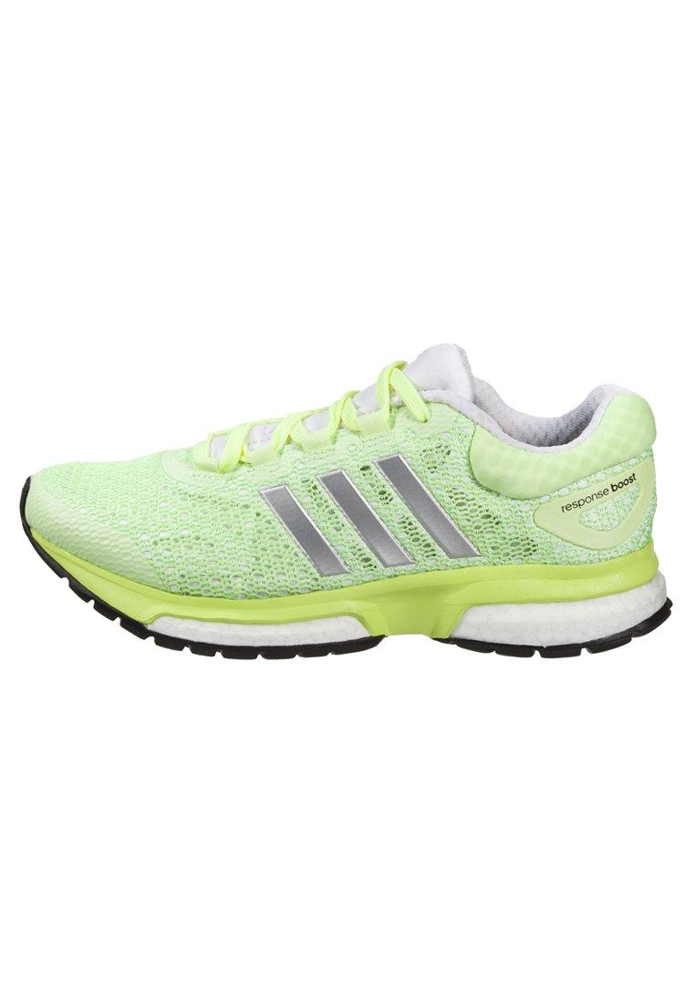 Adidas - RESPONSE BOOST