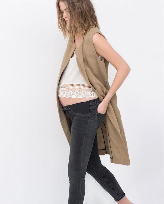 Zara lance sa collection spéciale grossesse