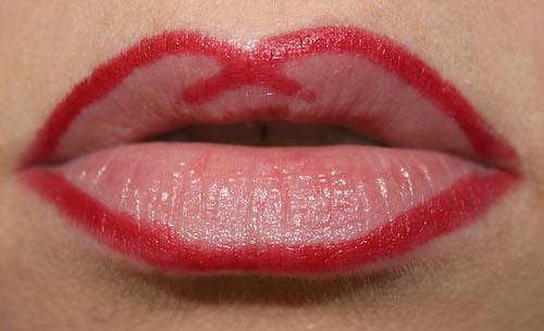 Les 10 commandements de la parfaite bouche rouge