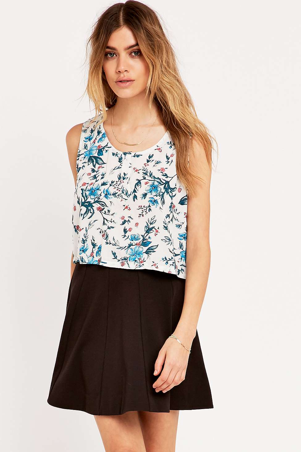 Urban Outfitters-top