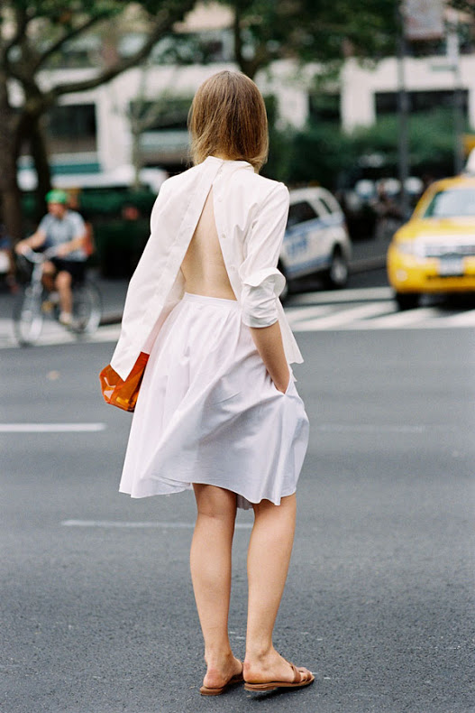 Open white shirt Street Style