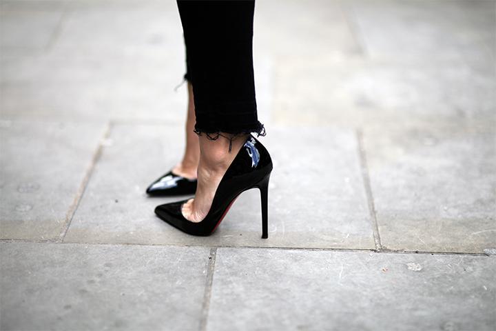 high heels street style Louboutin