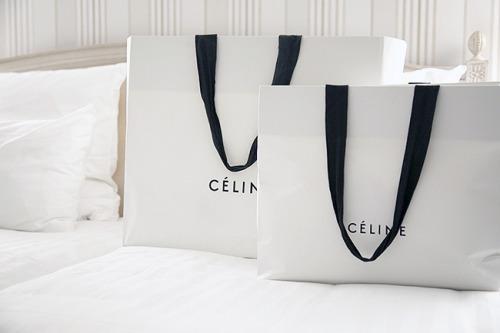 Fashionista shopping bags Céline