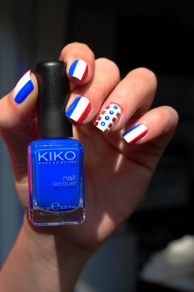 nail art bleu blanc rouge facile