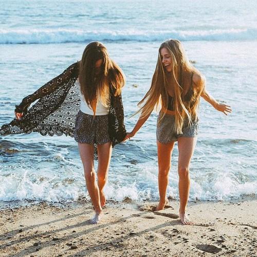 meilleures amies à la mer