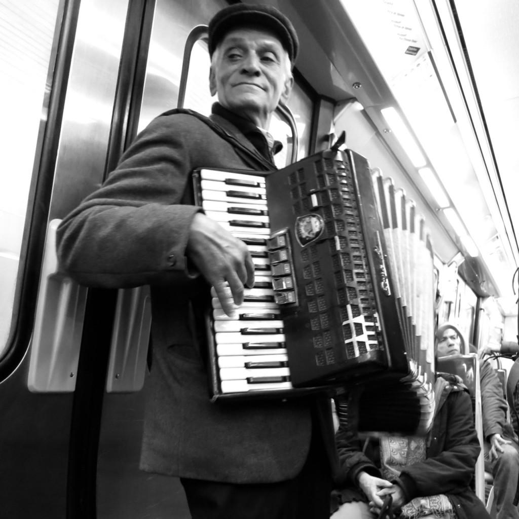 accordéoniste métro