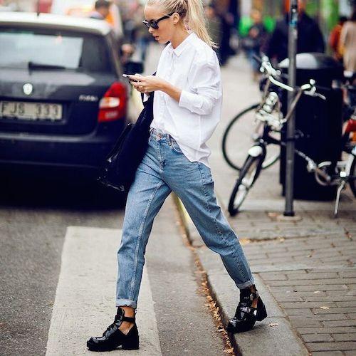 street style mom blue jean