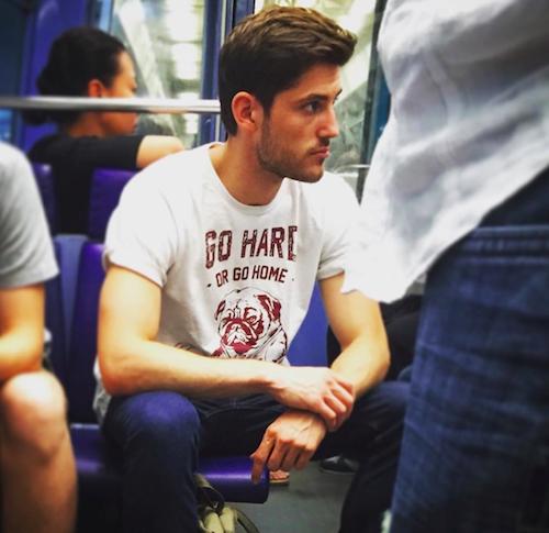Les plus beaux mecs du metro  instagram