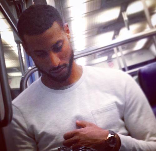 Les plus beaux mecs du metro