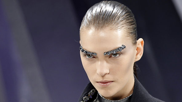 eyebrow art chanel trend