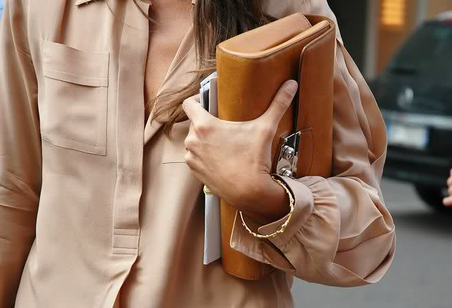 nude accessoire look style street style chair