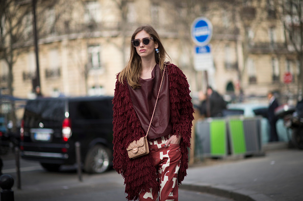 Street look marsala burgundy total look bordeaux