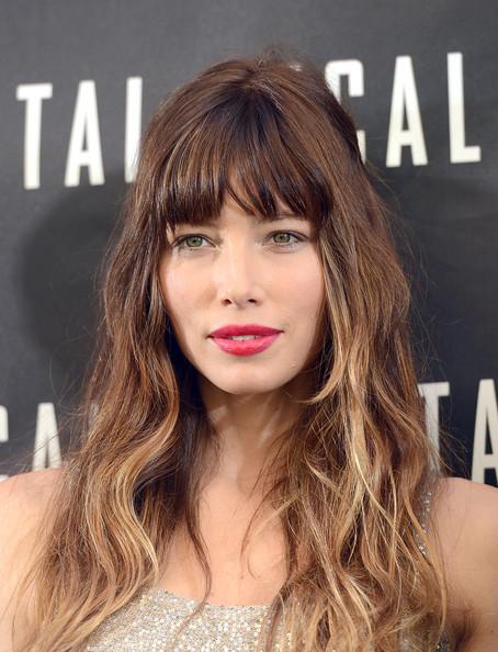 maquillage cheveux Jessica Biel