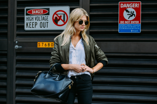 bomber chemise slim outfit inspiration