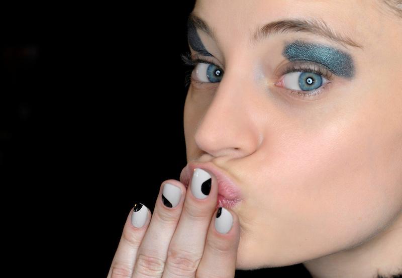 metallic makeup yeux