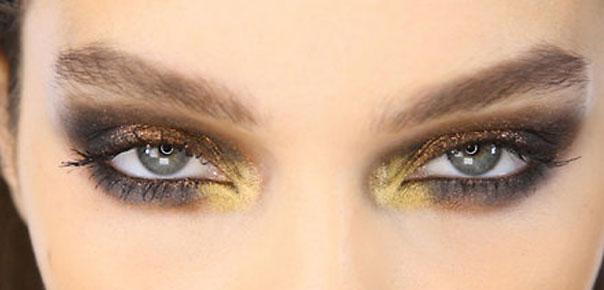 tri-color metallic eye shadow