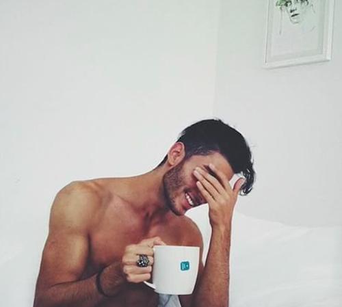 compte instagram d'homme beau