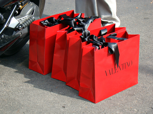 shopping bags valentino