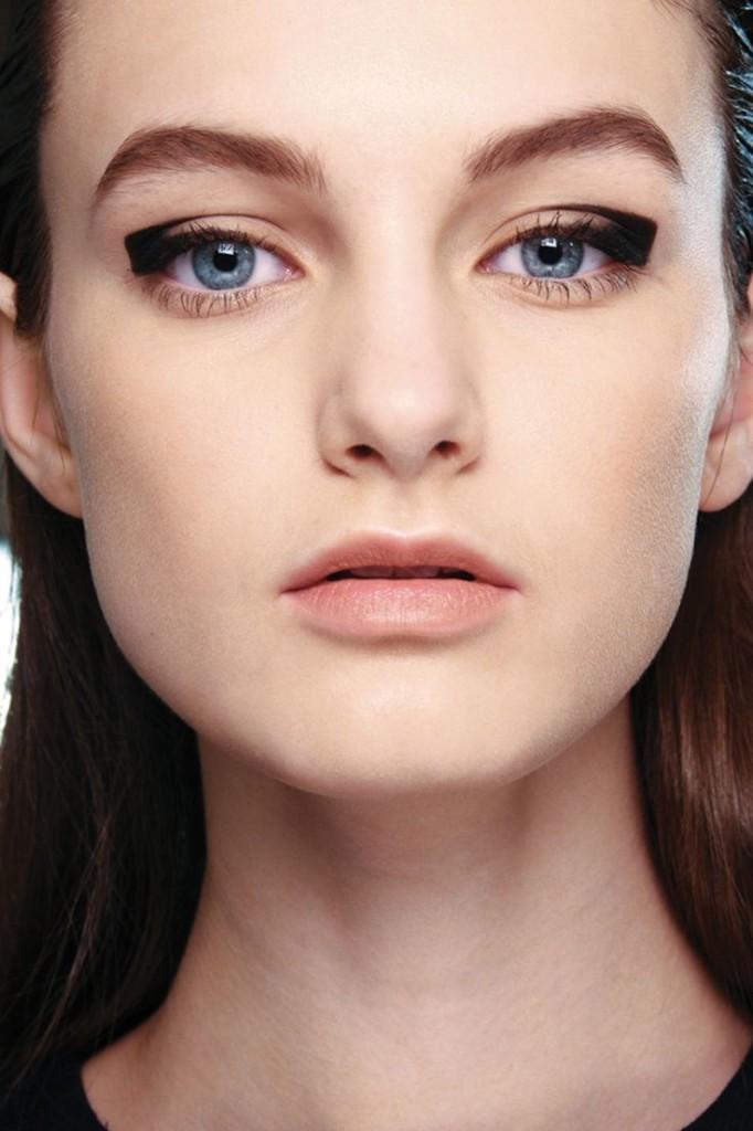 negative makeup