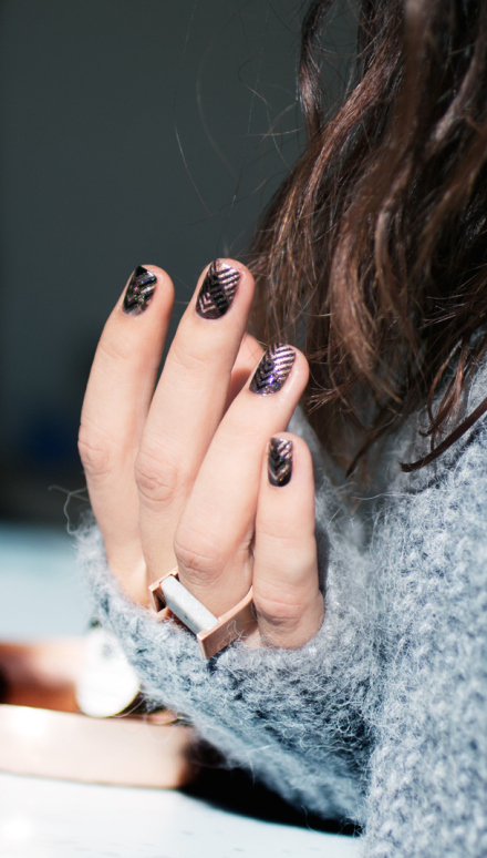 Le nail art de la semaine #10 : Rose gold et chevrons