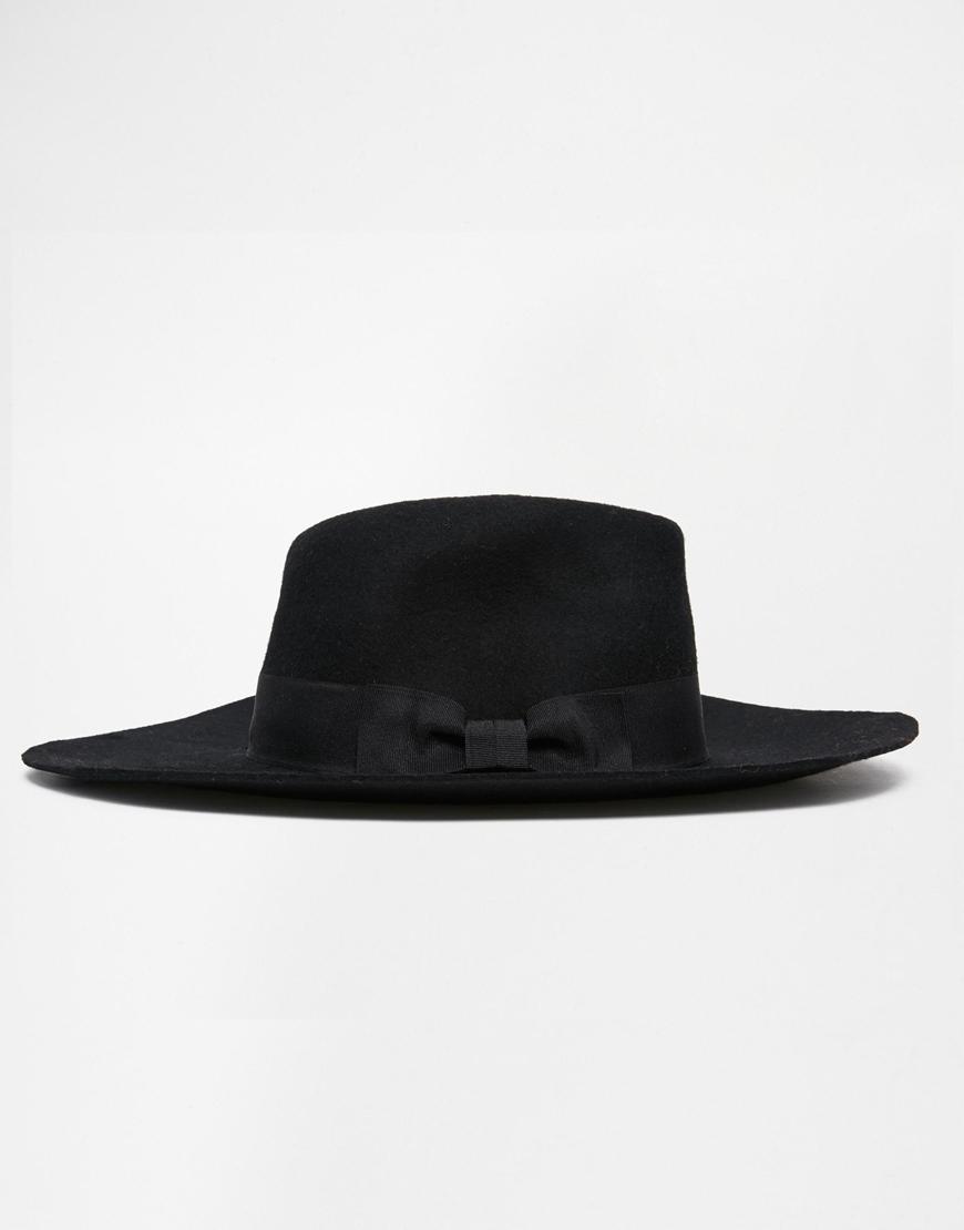 Liquorish - Chapeau(36 €)