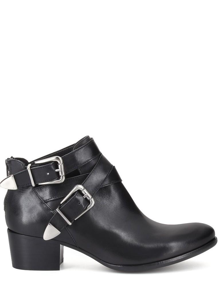 San Marina - Boots(125 €)