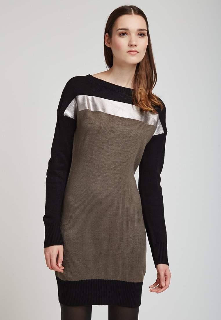 Fornarina - Robe(101 €)