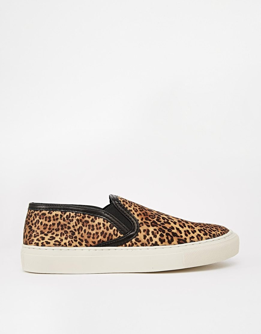 Selected - Slip-on (100 €)