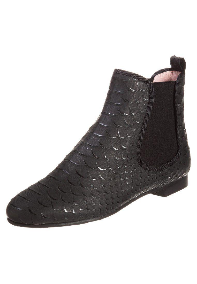 Pretty Ballerinas - Boots(230 €)