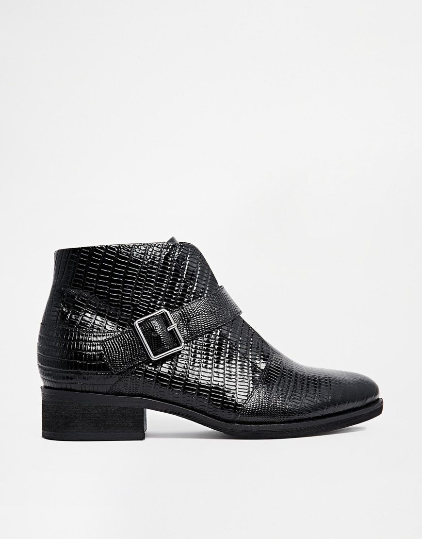 Asos - Boots (79 €)