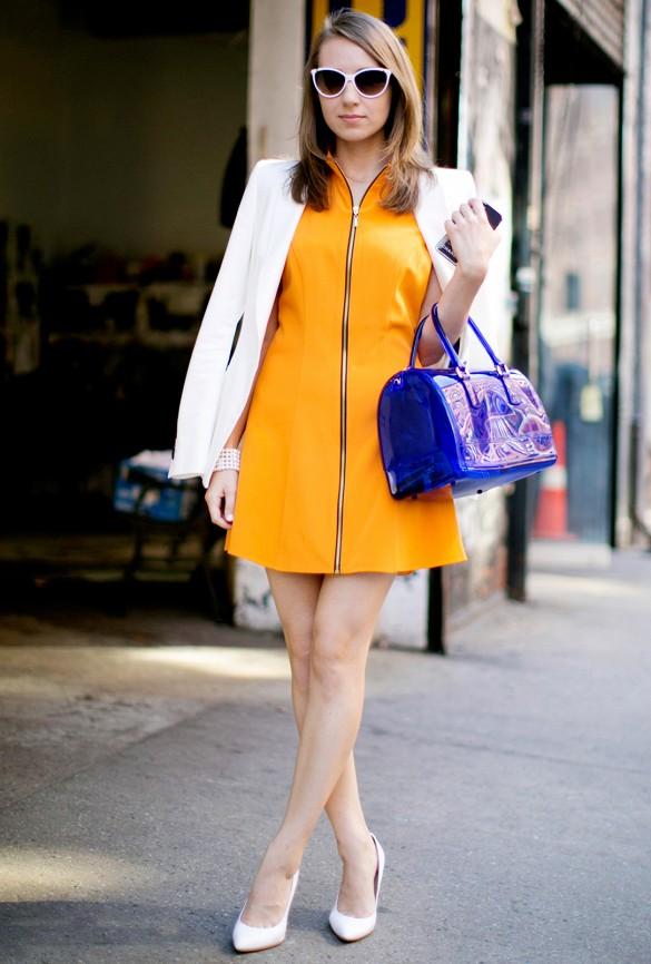 Une robe évasée ou fourreau avec un zip au milieu attire l\'oeil vers le milieu de la silhouette. Vous paraissez instantanément plus mince.