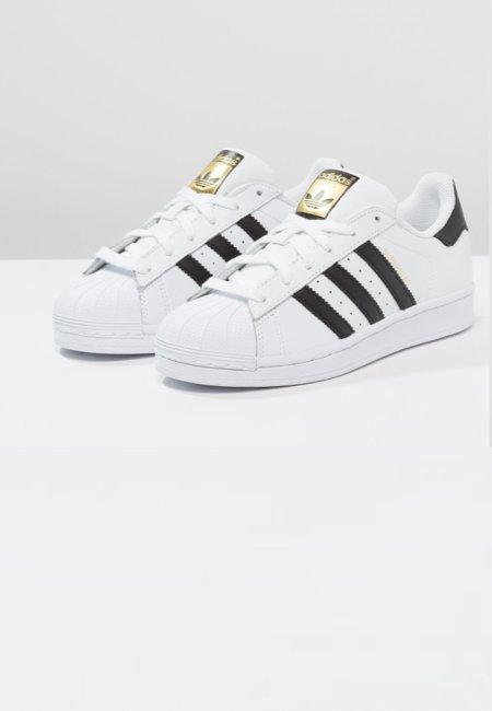 Adidas - Superstar (90 €)