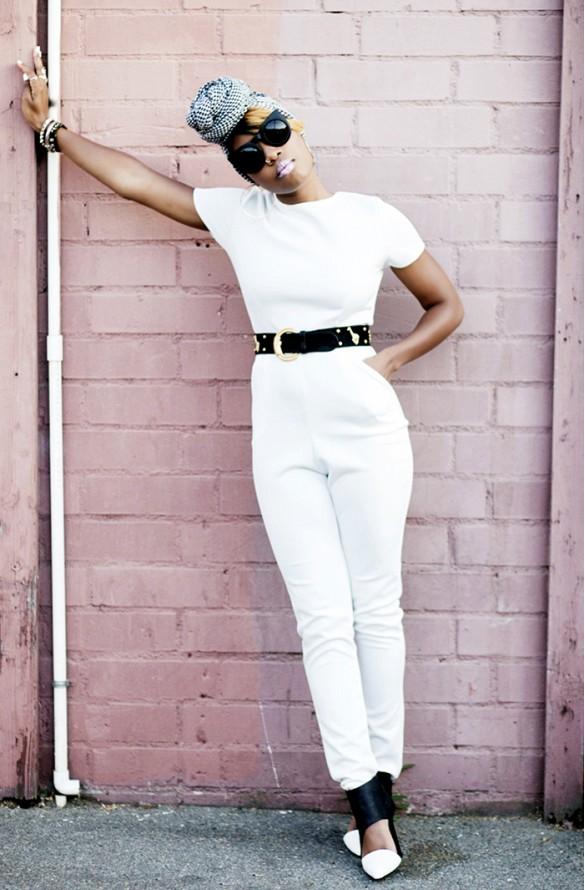 Sur la photo : Miss Enocha du blog Locks & Trinkets