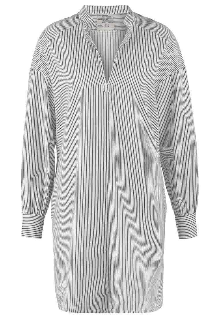 Baum und Pferdgarten - robe chemise (140€)