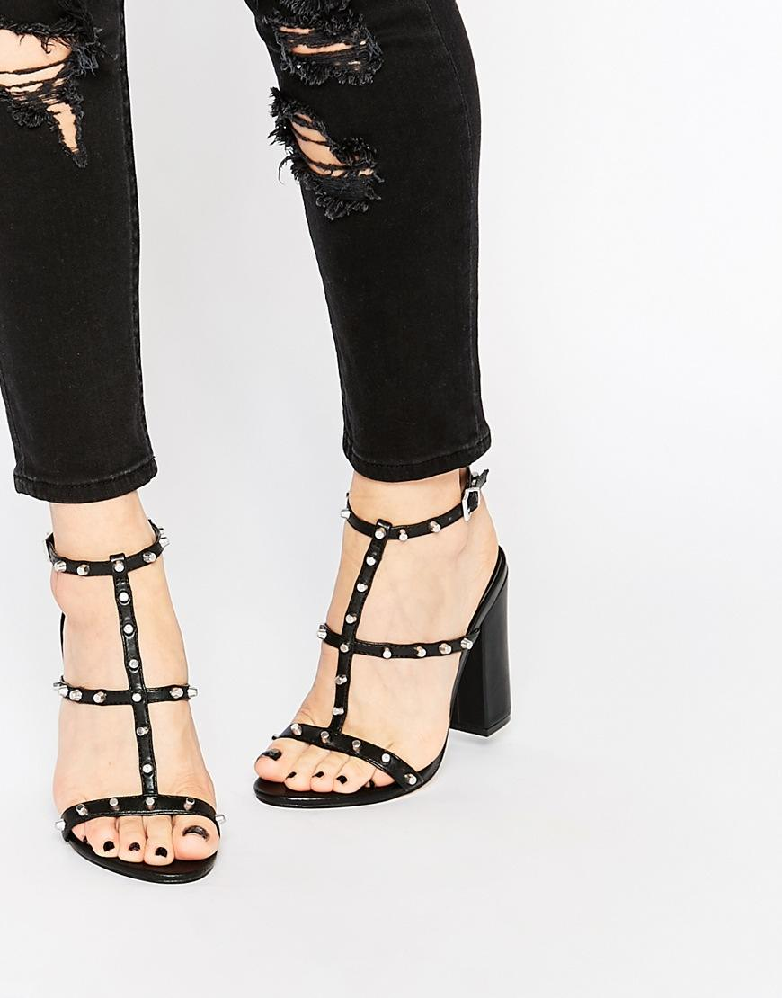 Asos - chaussures (70€)