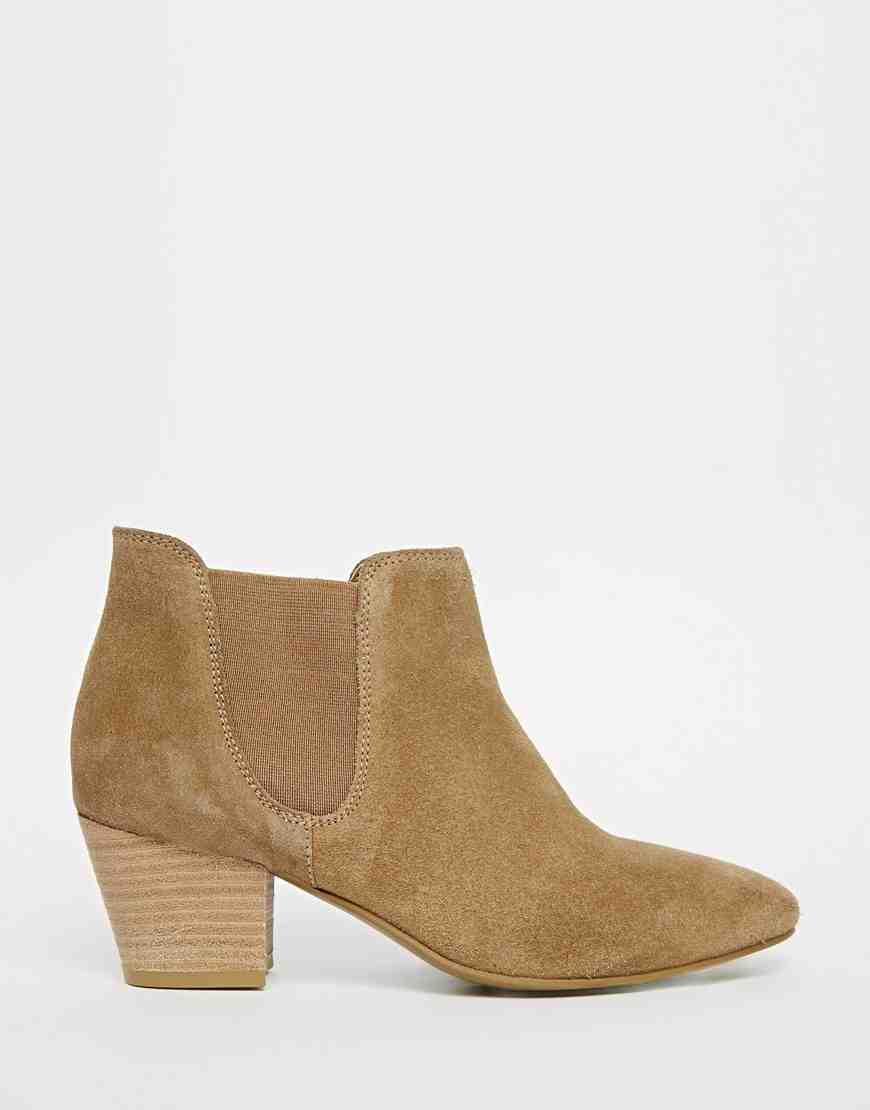 Asos - boots (49€)